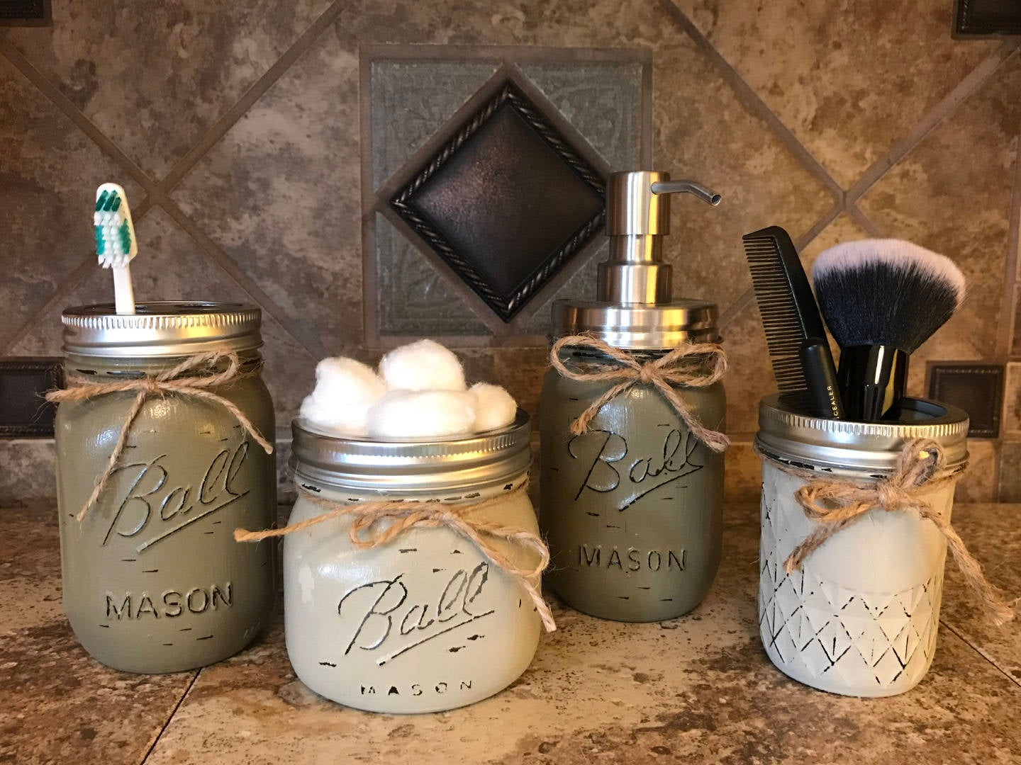 Mason jars used as beauty dispensers