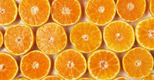 Top 5 Foods Rich in Vitamin C for a Well-Balanced Grocery List