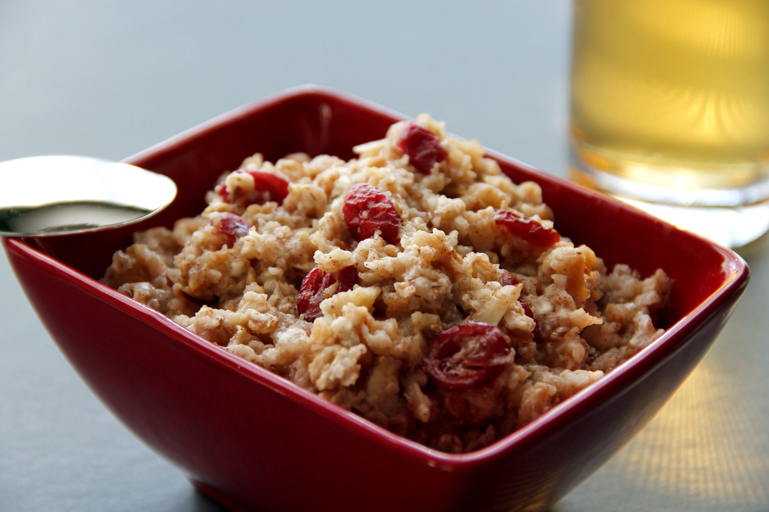 Instant Oatmeal with Cranberries and Pecans