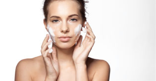 A Popular 60-Second Rule That Can Help Achieve Perfect Skin