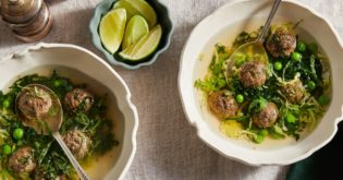 Sausage Green Minestrone: An Italian Meatball Soup Recipe