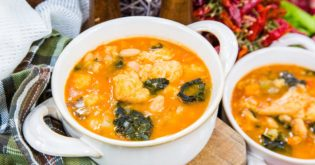 A Doctor's Spin on Italian Ribollita Soup With White Beans & Kale