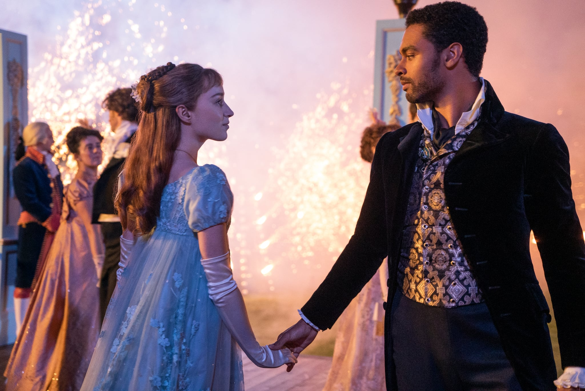 A scene from Bridgerton where Daphne dances with Simon