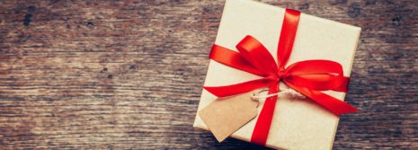 7 Clever and Entertaining Gifts for Everyone in the Family