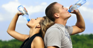 Follow These 5 Tips to Consistently Drink More Water Each Day
