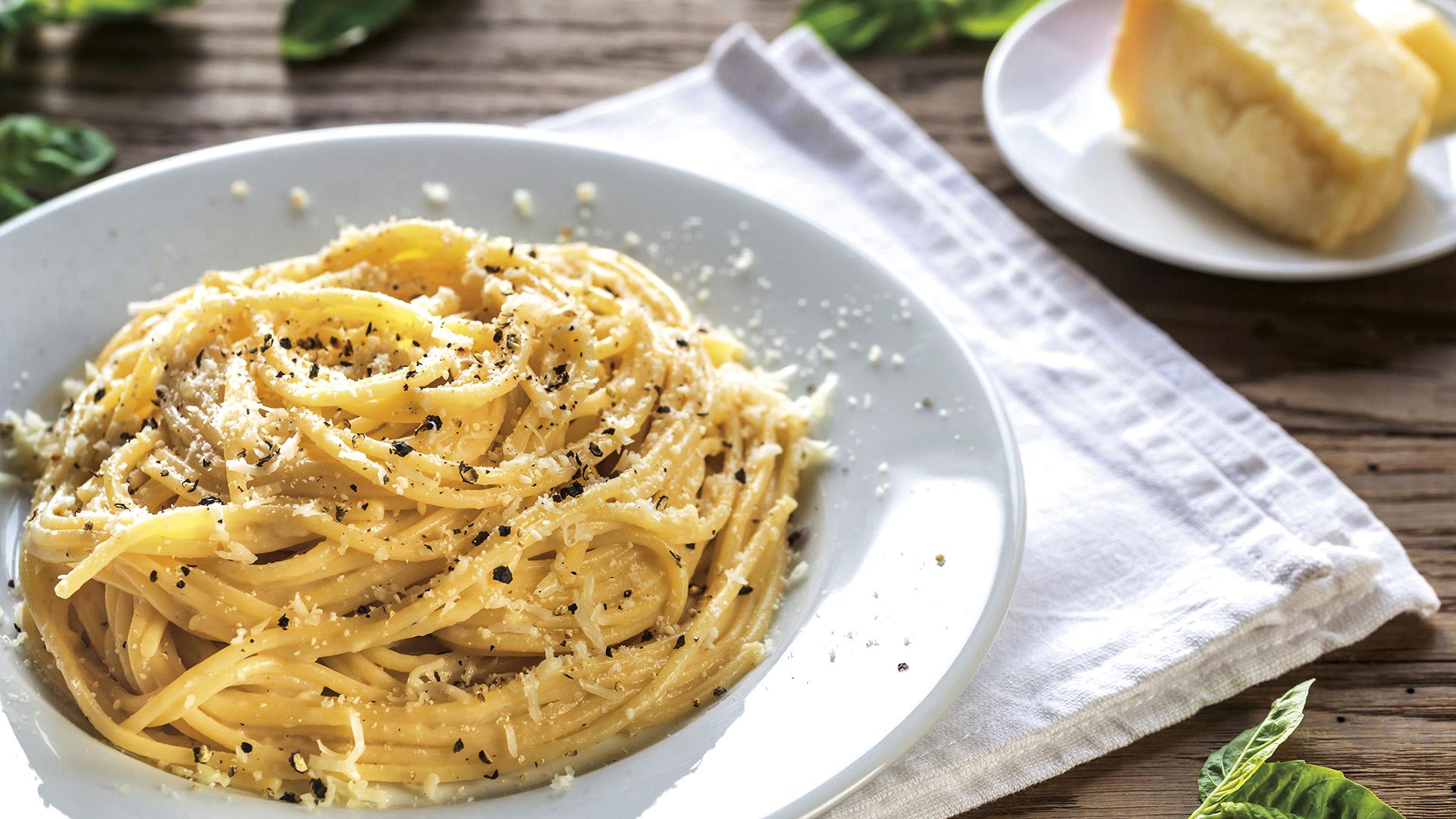 A Simple Yet Delicious Recipe for Cacio e Pepe to Make at Home